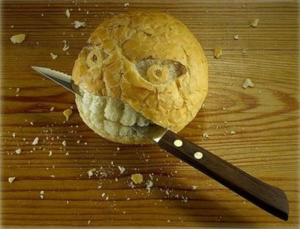 http://www.funny-potato.com/blog/wp-content/uploads/2008/05/bread-knife.jpg