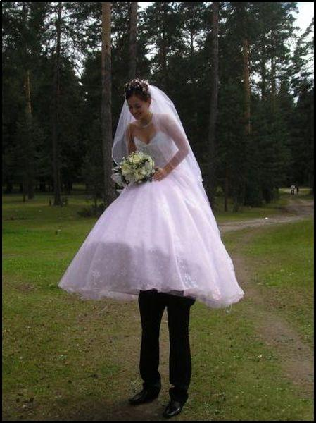 Funny Wedding Pictures. Wedding dress