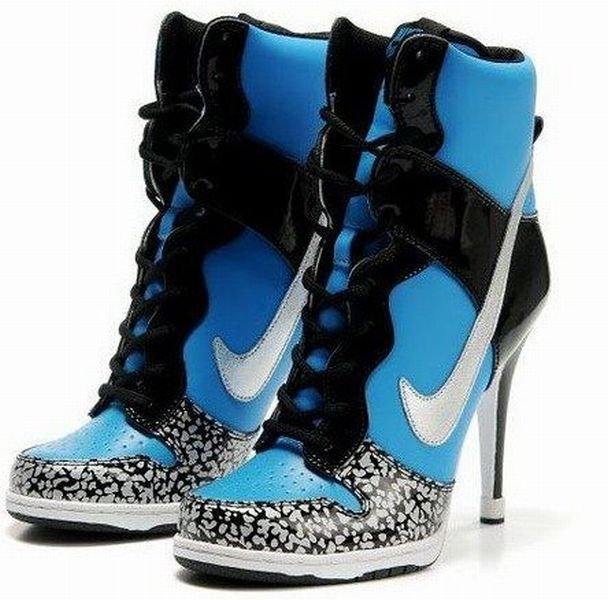 High Heel Sneakers Nike  652d391eee2e