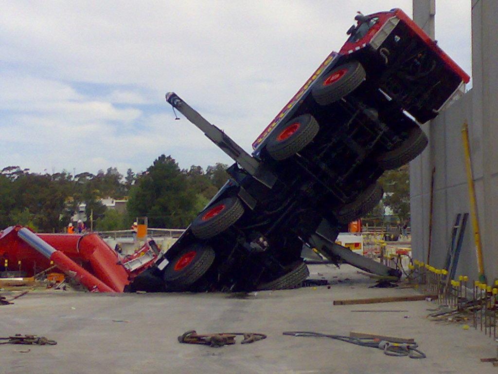 Hoover Dam Car Accident