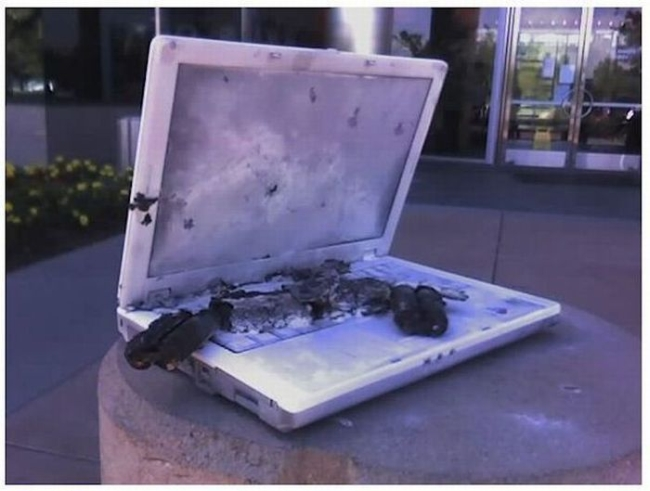 burned laptop - IT World Competition October 2013
