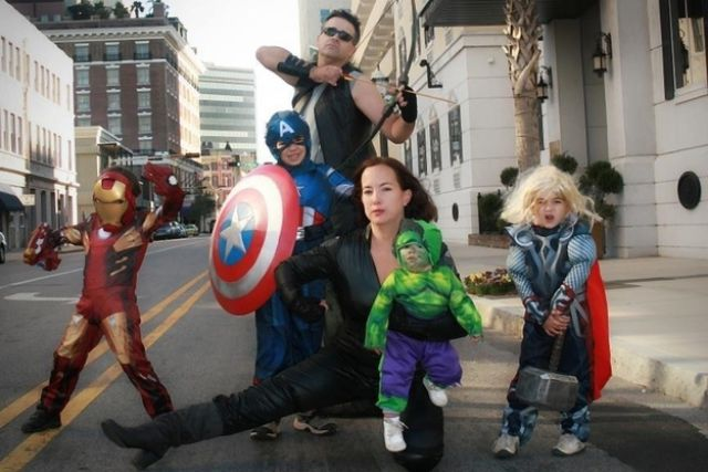 Halloween Costumes for Families! - Super Funny Halloween Costumes
