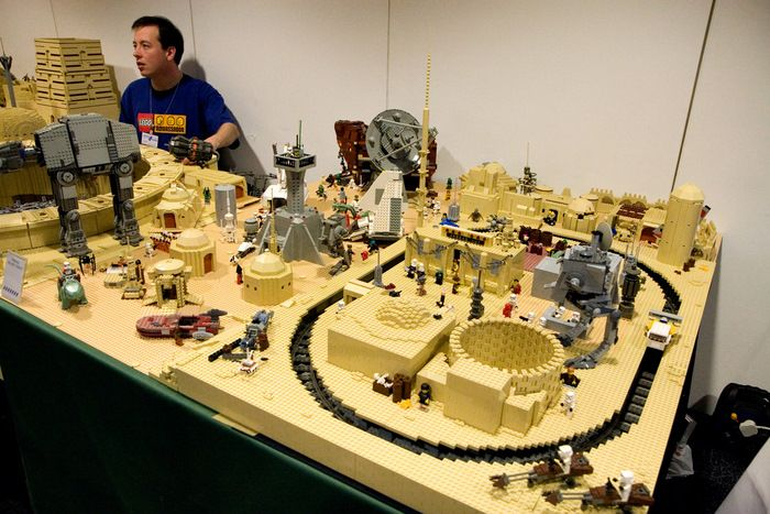 700 x 467 jpeg 74kB, Pictures of Stars Wars Legos!