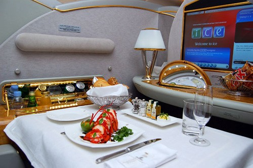 Emirate Airlines A380 suite meal