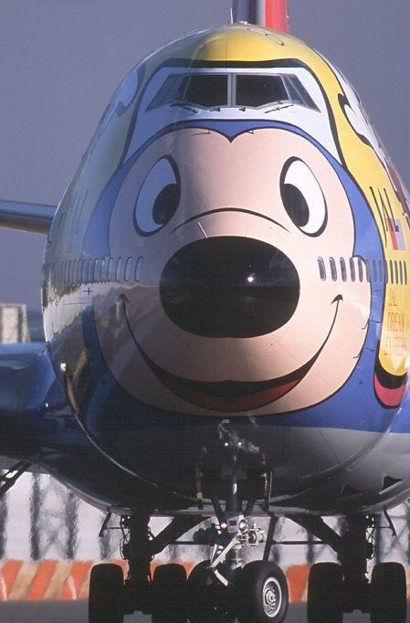 mickey mouse plane